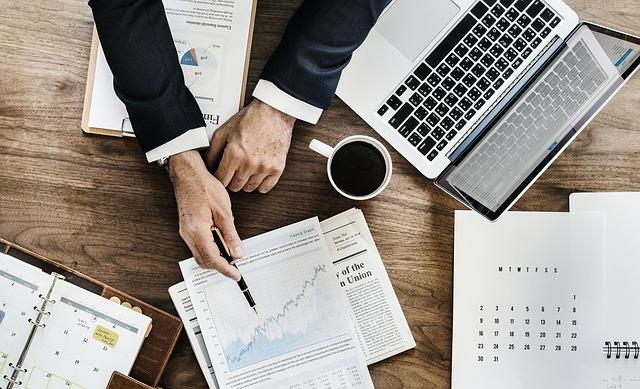 zdolności analityczne kierownika sprzedaży