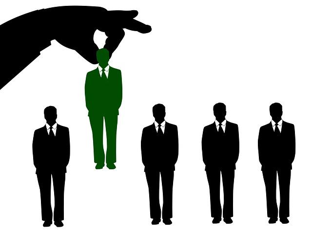jak zatrudnić kierownika sprzedaży